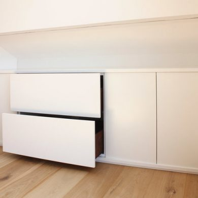 Custom_built_bedroom_sideboard_unit_06